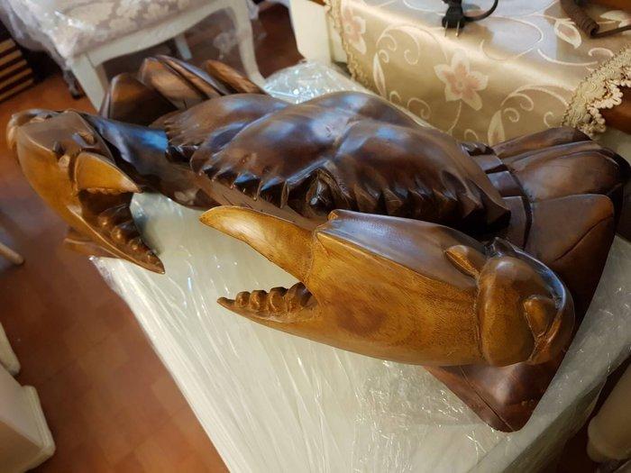 實木雕刻螃蟹