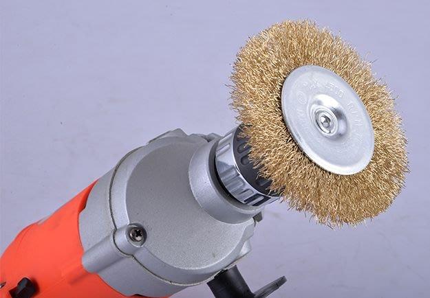 【雜貨鋪】6mm柄徑 帶柄鍍銅鋼絲刷 除鏽輪 T型鋼絲輪 鋼絲刷 除鏽刷 T型刷 電鑽 3爪刻磨機 皆適用