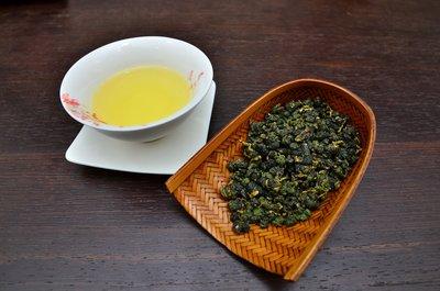 【茶院子】茶農自產自銷【梨山茶 】          慶開幕免運喔!! 台灣茶葉