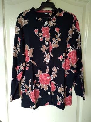 [99go] 日本專櫃  BE AT EASE 華歌爾 純棉 高級緹花布 睡衣 居家服 長袖   S號 日本製