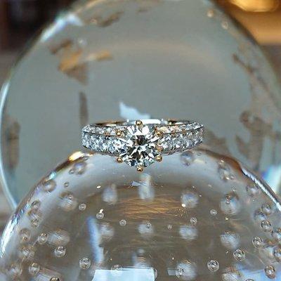 星宇宝藏珠寶設計-作品金星,純18K金戒指 天然美鑽1.01克拉,成色G,淨度IF完美切工(如有設計需求請私訊揚邵一品)