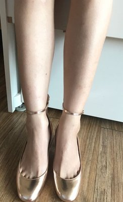 超美Valentino Garavani Tango patent leather pumps 金色 高跟鞋 鉚釘