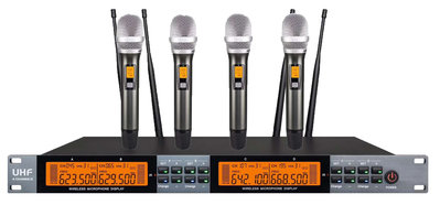 「小巫的店」*新星款4支無線麥克風可以同時使用,電子音量調整.超低震撼價@19800