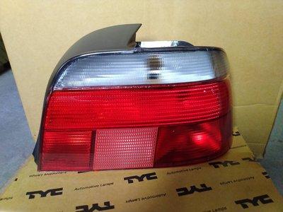 WR汽車零件~BMW E39 95-00    紅白尾燈 後燈
