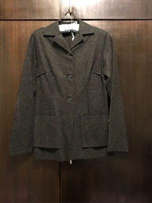 國際名牌正品羊毛外套【 COP COPINE 】36號。黑色衣身搭配寶藍色羊毛棉線純手工高級縫製。新品。照片就是實物圖。