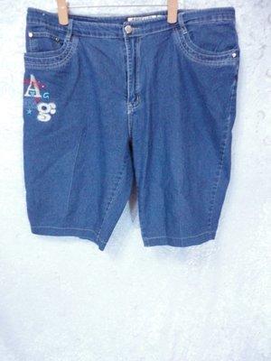 MAKEYLER~繡圖設計牛仔短褲~SIZE:5L(大尺碼)~99元起標