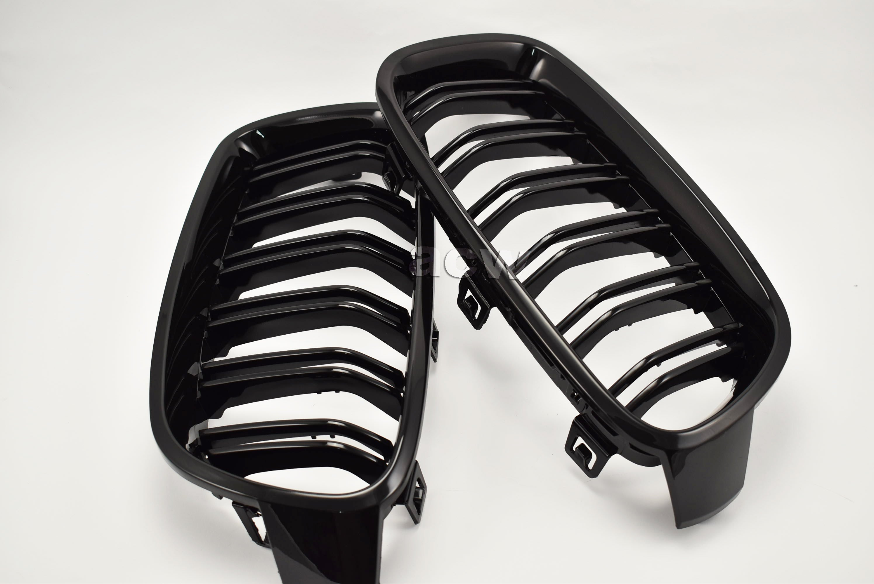 For F30 (M3 LOOK 11~) GRILLES  STYLE SHINY BLACK 水箱罩 全亮黑烤漆