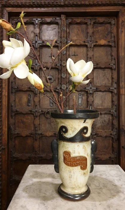 【卡卡頌  歐洲古董】比利時老件  藝術家 全手工  簽名  陶花瓶  p0774 ✬