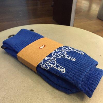 BEETLE PLUS 美國品牌 OBEY THE BIRD SOCKS 中指 藍 寶藍 白 LOGO 中筒 長筒襪