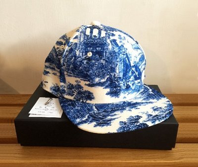 UNDERCOVER全新青花瓷帽子 喜愛Kiito&高橋盾&Supreme&CDG&NIGO&藤原浩不可錯過