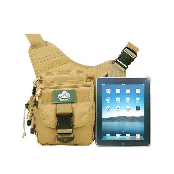 5Cgo 【鴿樓】會員優惠 9554254979 防水出遊戶外鞍袋包 戰術斜背包 單肩攝影單反相機包腰包