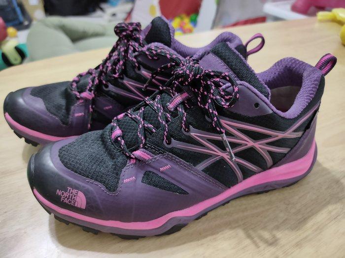 THE NORTH FACE GORE-TEX 防水 女款 多功能/登山/健行鞋 黑/螢光粉色(US 7.5CM)含運費