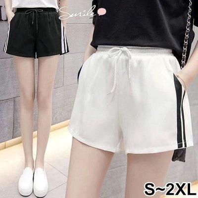 【V2424】SMILE-運動風潮.側黑白條紋鬆緊腰短褲