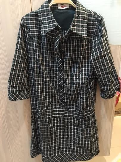 小花別針、百貨專櫃【 H2O】早秋格紋連身裙