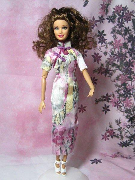 愛卡的玩具屋 可兒.芭比.珍妮娃娃可穿 -純手工制作夢幻紫花紋短袖長旗袍