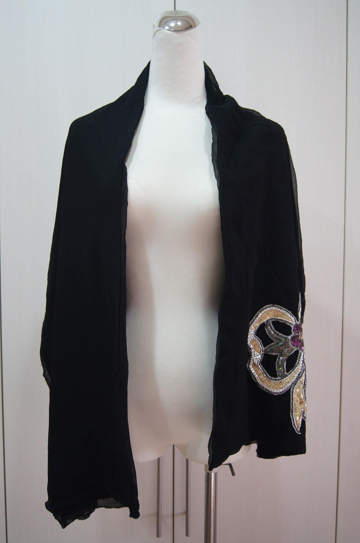 黑色亮片絲披肩     特價  3300