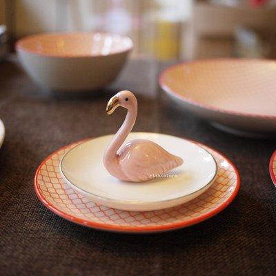 尼克卡樂斯~療癒粉紅天鵝陶瓷燒製手飾收納擺件 戒指收納盤架 展示擺件 療癒小物