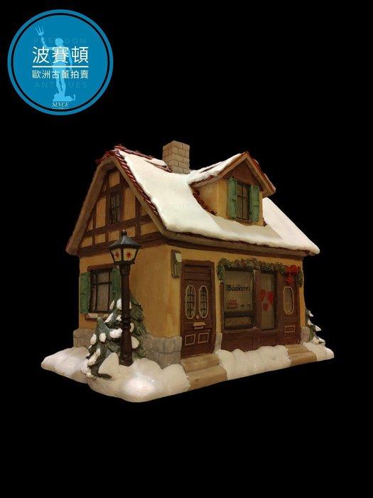 【波賽頓-歐洲古董拍賣】歐洲/西洋古董 德國舊物 大型喜姆娃娃房屋No5(M.I. Hummel Goebel)立燈 (尺寸:高16公分)(年份:約1990年)