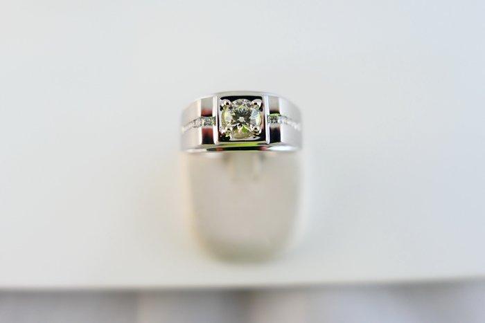 [吉宏精品交流中心]52分 南非天然鑽石 白K金 八心八箭 造型 戒指 男戒