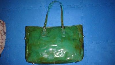 ~保證真品 Coach 綠色漆皮款肩背包 大方包 手提包~便宜起標無底價標多少賣多少