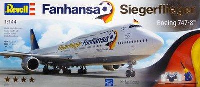 Revell 1:144 Fanhansa Siegerflieger Boeing 747-8 (01111)