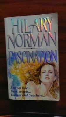 (英文原文小說買3送一) 英文原文羅曼史小說 作者 Hilary Norman 作品  Fascination