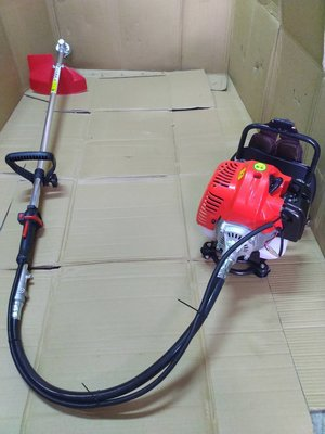響磊割草機背負式軟管 43cc 引擎馬力大適合割各式雜草 免運費 加紅色牛筋繩一包