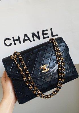 Chanel vintage 經典款黑色圓弧蓋黑色羊皮金鏈包
