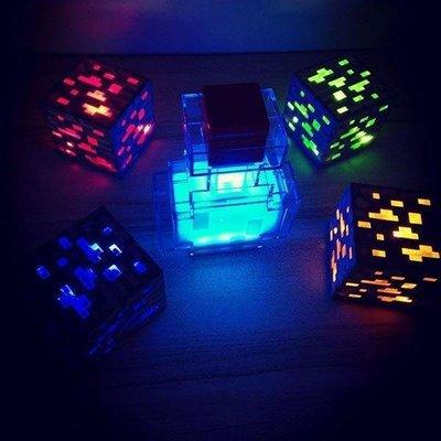 じ錦衣小鋪あ MINECRAFT我的世界游戲周邊火炬火把可亮LED燈充電式紅藍礦燈夜燈FL376