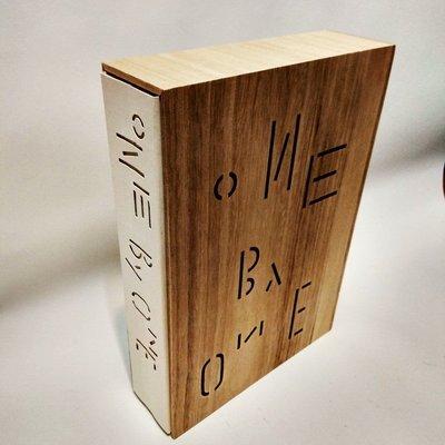 【絕版進口書】ONE BY ONE / 設計 / 作品集 / 參考 / Jianping He / Ed. / Hesign