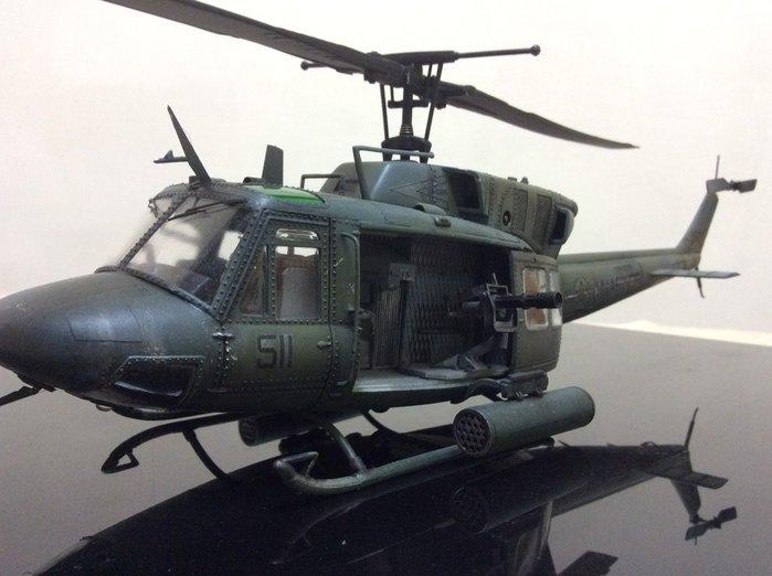 Uh1n 1/35大比例uh1n美國海軍陸戰隊專用直昇機