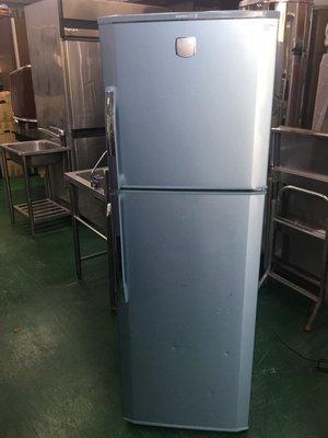【二手倉庫-崇德店】二手家具*LG樂金 雙門冰箱-249公升 二門冰箱 電冰箱 中古冰箱 神岡二手傢俱/家電買賣