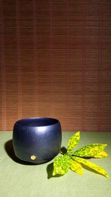 (店舖不續租清倉大拍賣)江玗先生--黑色釉茶杯,原價8800元特價4500元