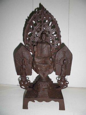 清代手工鐵雕佛像