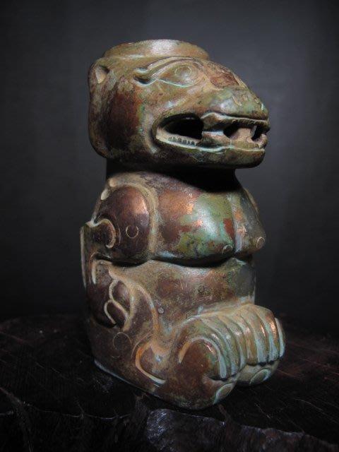 和闐老玉雕◎ 鎏金老玉熊
