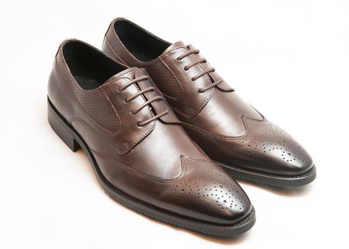 超值系列翼紋雕花德比鞋:小牛皮真皮木跟皮鞋男鞋-咖啡色-免運費-[LMdH直營線上商店]D1A62-89