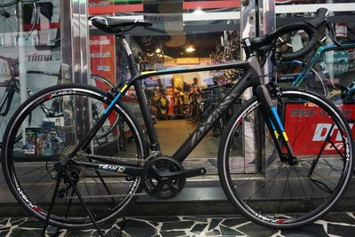 (J.J.Bike) AXMAN 亞士盟 TEAM C1 碳纖維 105 shimano套件 22速 FSA龍頭彎把坐管