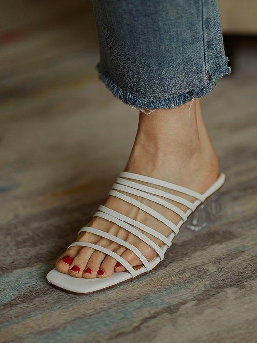 『P.M❤SHOP』2020新款涼拖鞋女外穿夏天ins百搭羊皮細帶中跟方頭白色透明涼鞋