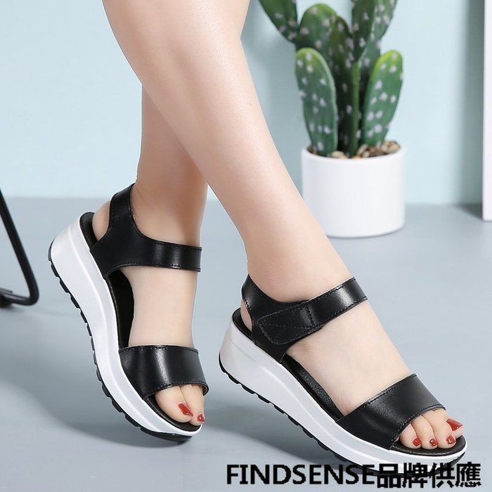 FINDSENSE品牌 新款 日本 女 高品質 真皮 個性黑白 純色 厚底增高 舒適 時尚涼鞋 休閒鞋 潮流鞋子