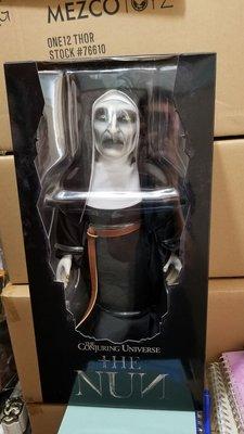 Mezco The Nun 18吋 Roto Plush