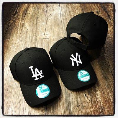 【Dangerous】NEW ERA MLB 紐約洋基/洛杉磯道奇 NY/LA黑底白字 9FORTY 彎帽 魔鬼氈 老帽