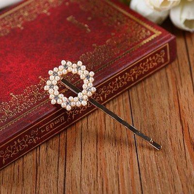 ~小桃子 韓國版 進口 珍珠水鑽梅花花環 造型髮夾 瀏海夾 髮飾 現貨當天出