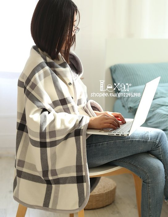 多功能吸濕髮熱小毯子冬季辦公室膝蓋毯披肩床上午休睡覺毛毯