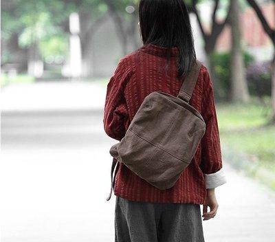 【鈷藍家】在路上 無色原創設計簡約文藝休閒隨性自在百搭男女通用胸包機車包手作包棉麻布包肩背後背包側背包後背包