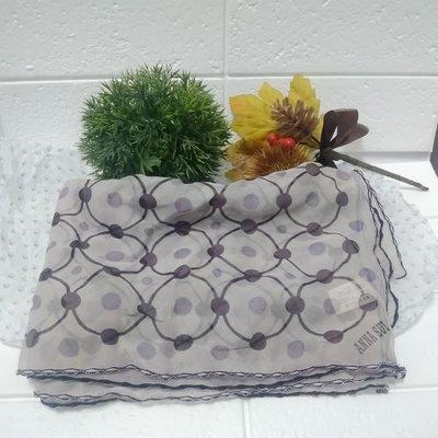 【貝琪的幸福小屋】免運惜售不買可惜~~二手Anna Sui淡紫色絲巾原價1980~~好搭買到賺到