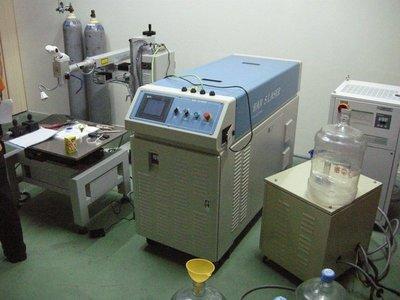 雷射補模機 自動化焊接機 吊臂 手臂 Laser Welder Machine