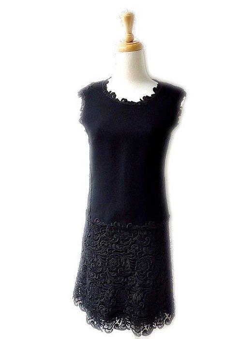*Beauty*PRADA黑色蕾絲裙擺背心洋裝 38  號24000     元WE18