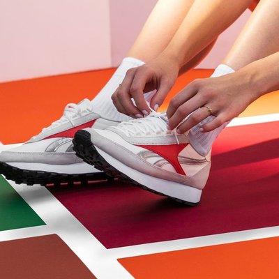 Reebok銳步 運動經典AZ PRINCESS女子低幫休閒鞋 FX4048  FX4050