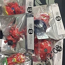 Medicom Toy Manual Volume III Limited Color or Red Color set 貓 uamou 緣起物百貨店
