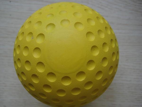 *黃色凹洞球洞洞球硬式橡膠棒球發球機用一顆60元